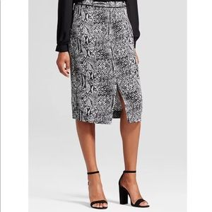 WHO WHAT WEAR oyster mushroom python pencil skirt